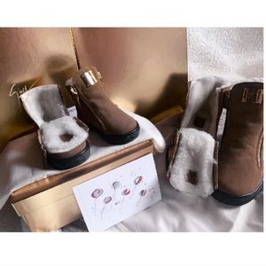 ⭐️giuseppe zanotti jr NEW camel suede lined boots